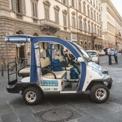 Classic tour by electric golf cart