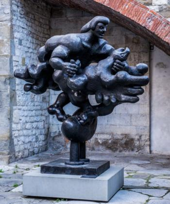 Prometheus Strangling the Vulture II di Jacques Lipchitz