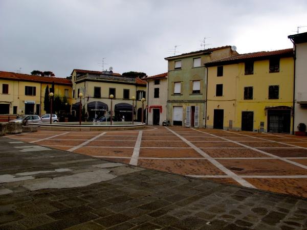 Square in front of San Pietro - Agliana