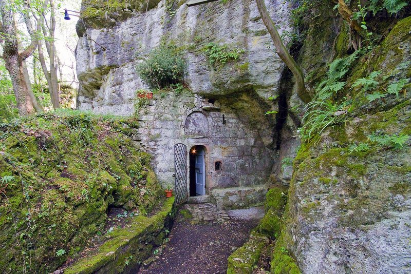 The Grotto of San Filippo Benizi | Visit Tuscany