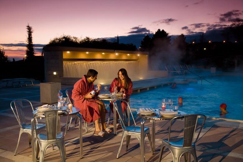 5 borghi termali per una vacanza rilassante visit tuscany - Piscina monsummano terme ...
