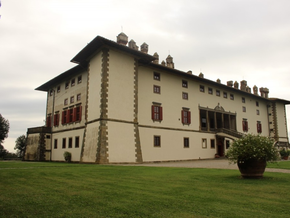 Villa La Ferdinanda can be visited free of charge upon booking