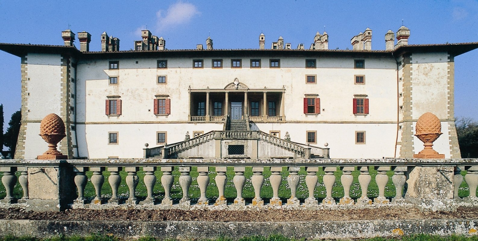 Discovering the medici villas unesco sites visit tuscany for Immagini ville