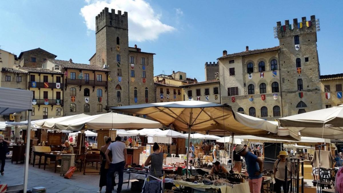 Un tour di 5 giorni in valdichiana visit tuscany for Arezzo antiquariato