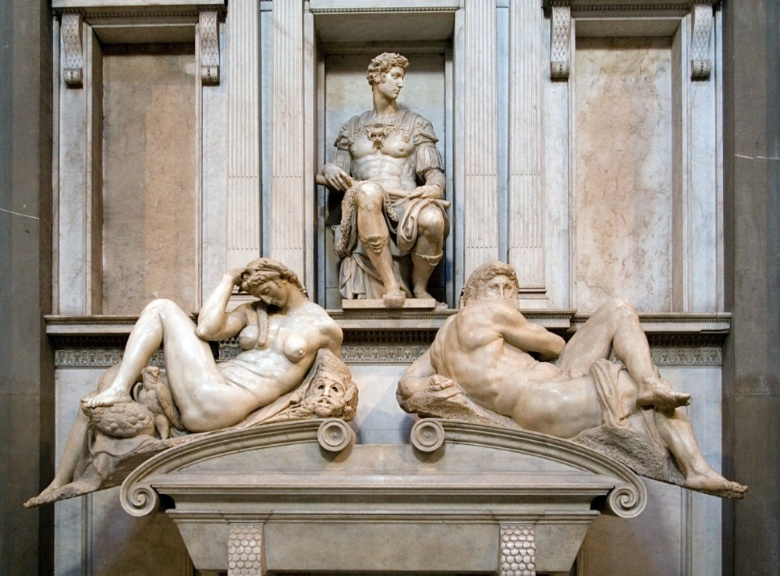 Tomb of Giuliano de' Medici with Day and Night sculptures