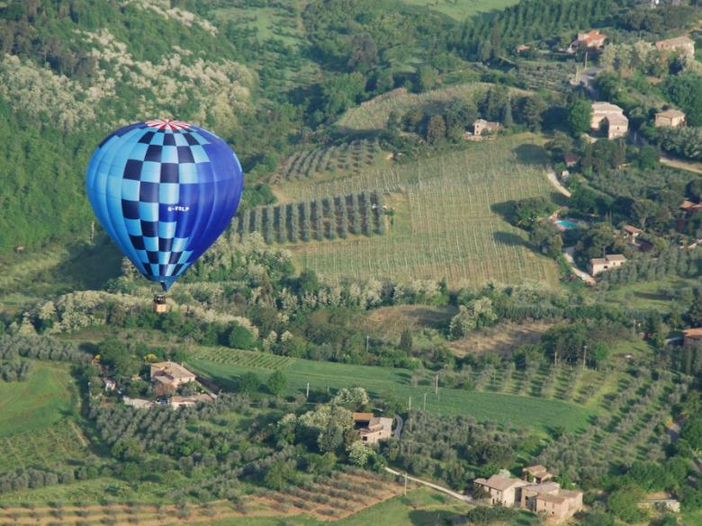 Hot-air balloon ride in Tuscany