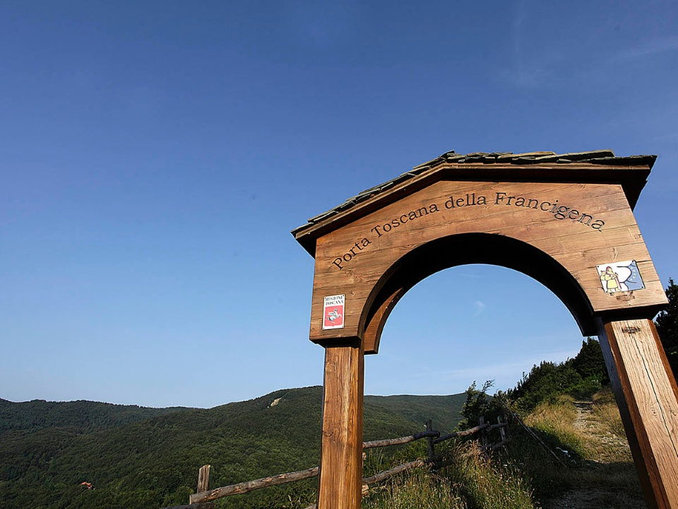 Cisa Pass, Via Francigena