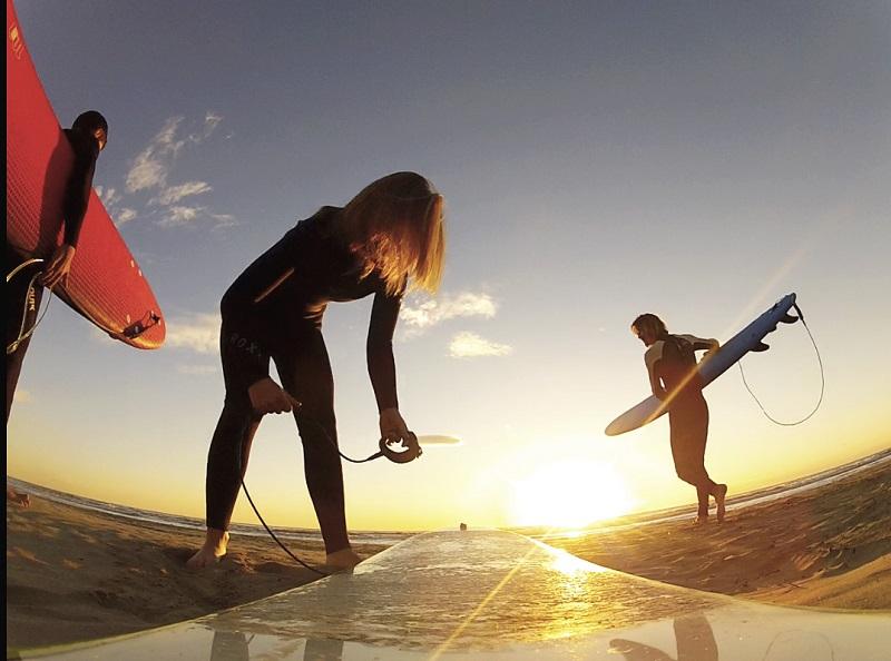 La versilia e il surf ecco come nata la passione per le - Bagno pinocchio viareggio ...