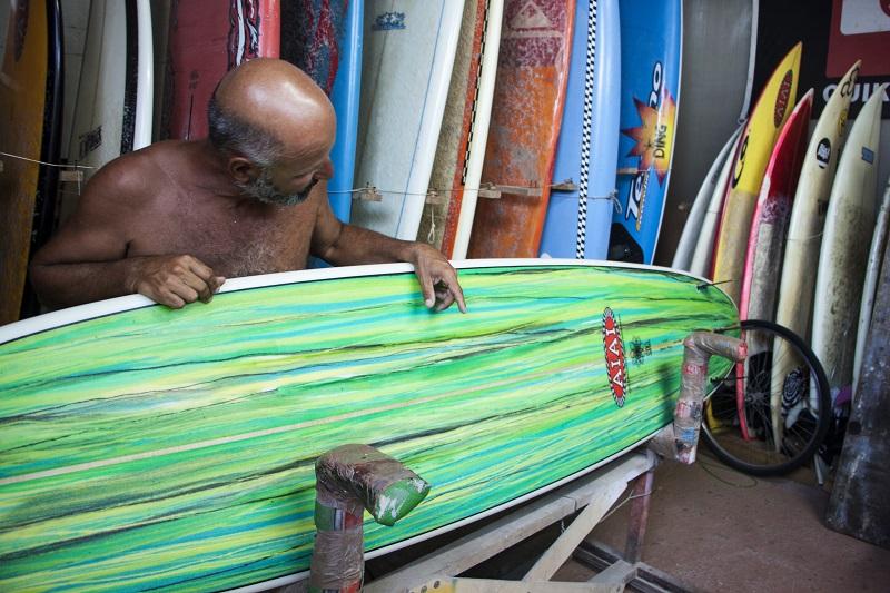 La versilia e il surf ecco come nata la passione per le - Bagno genova viareggio ...