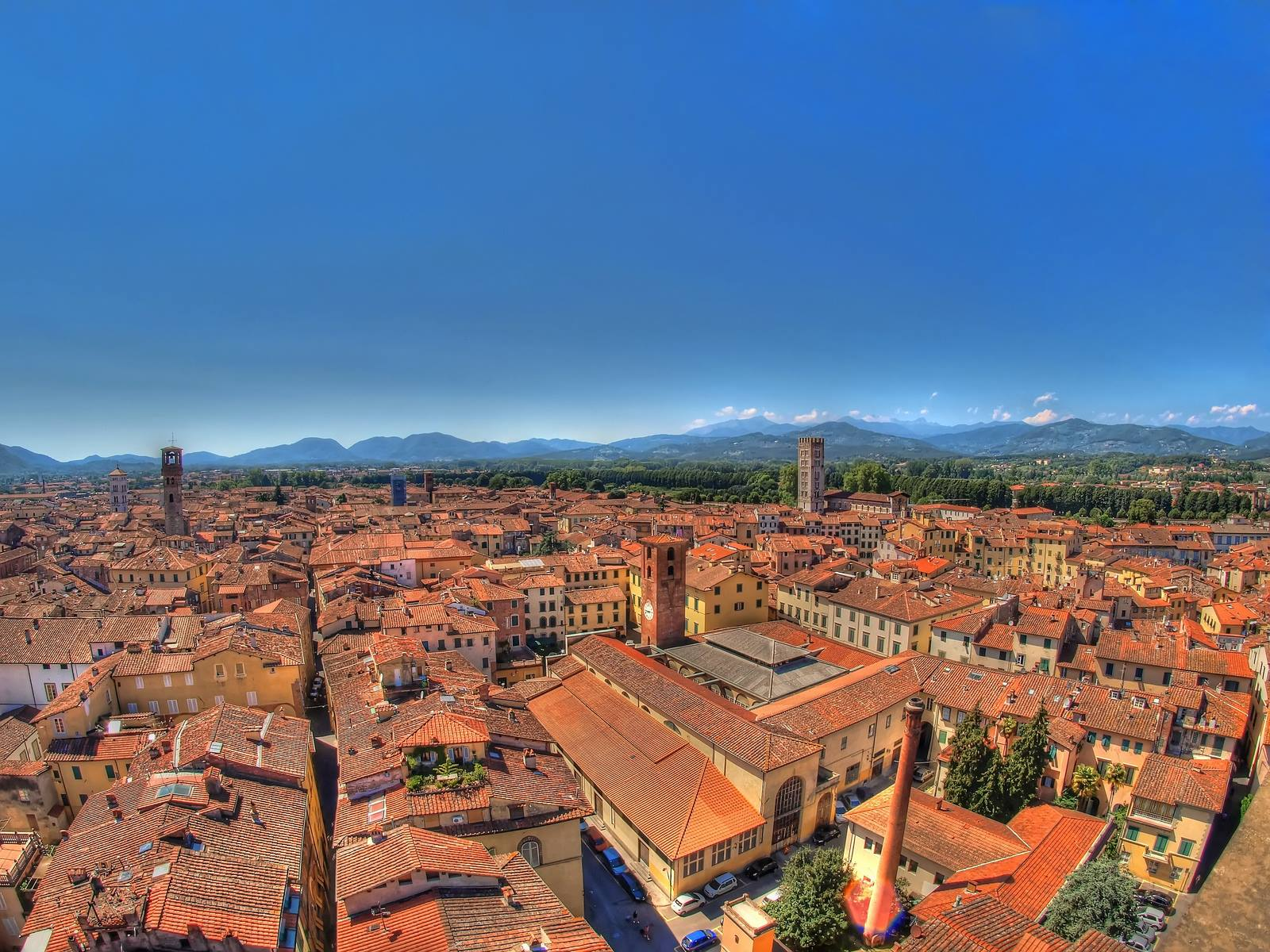 Lucca from above [Photo Credits: Henrik Lundholm Andersen]
