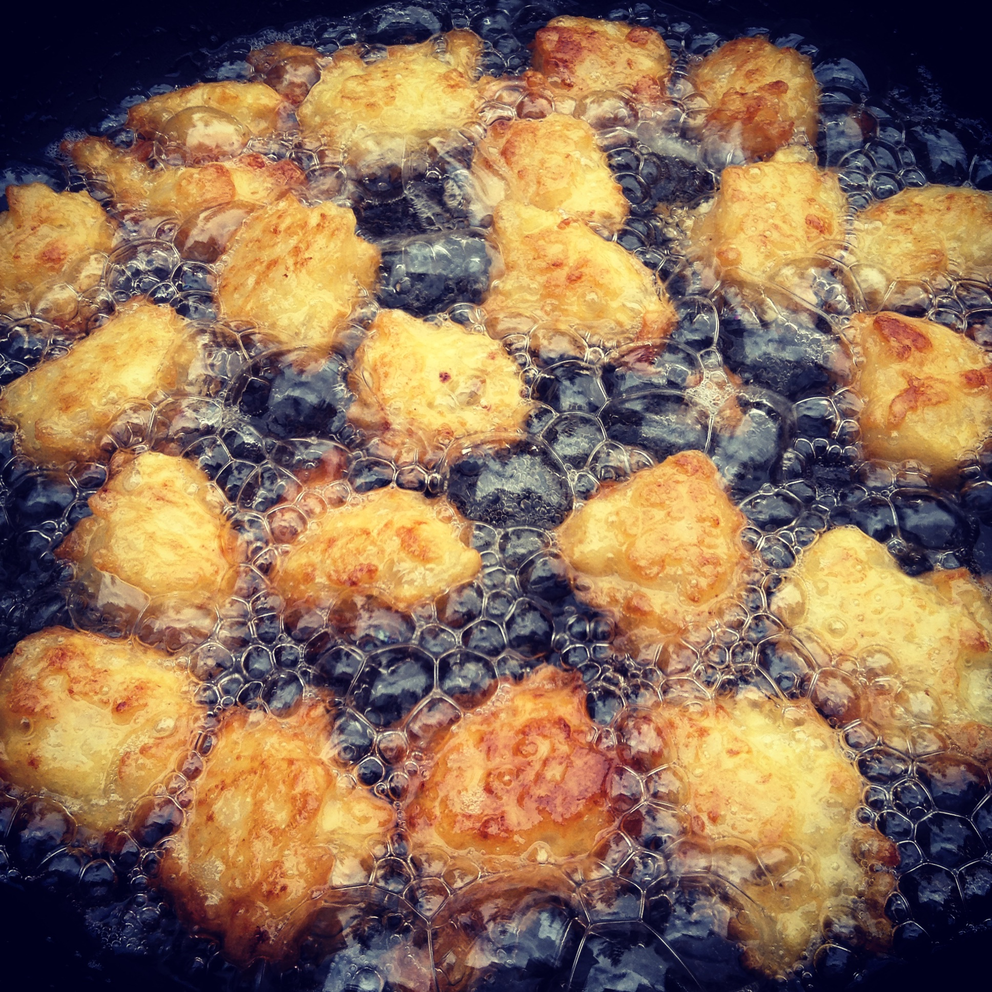 Frittelle (rice fritters)