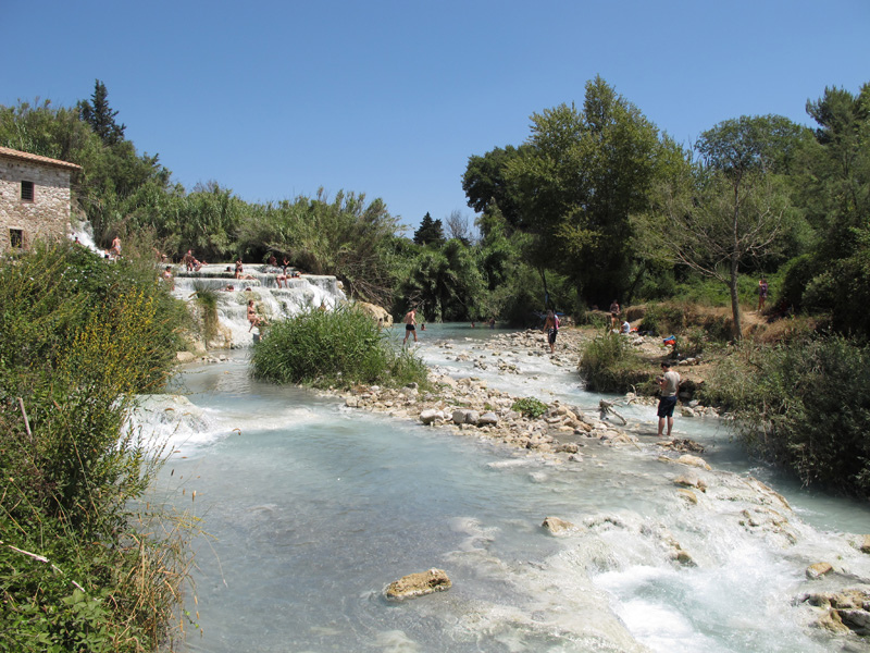 Le terme di Saturnia [Photo Credits: AroundTuscany in Flickr]