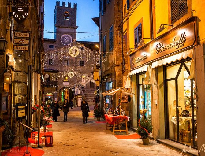 Streets of Cortona during Christmas time