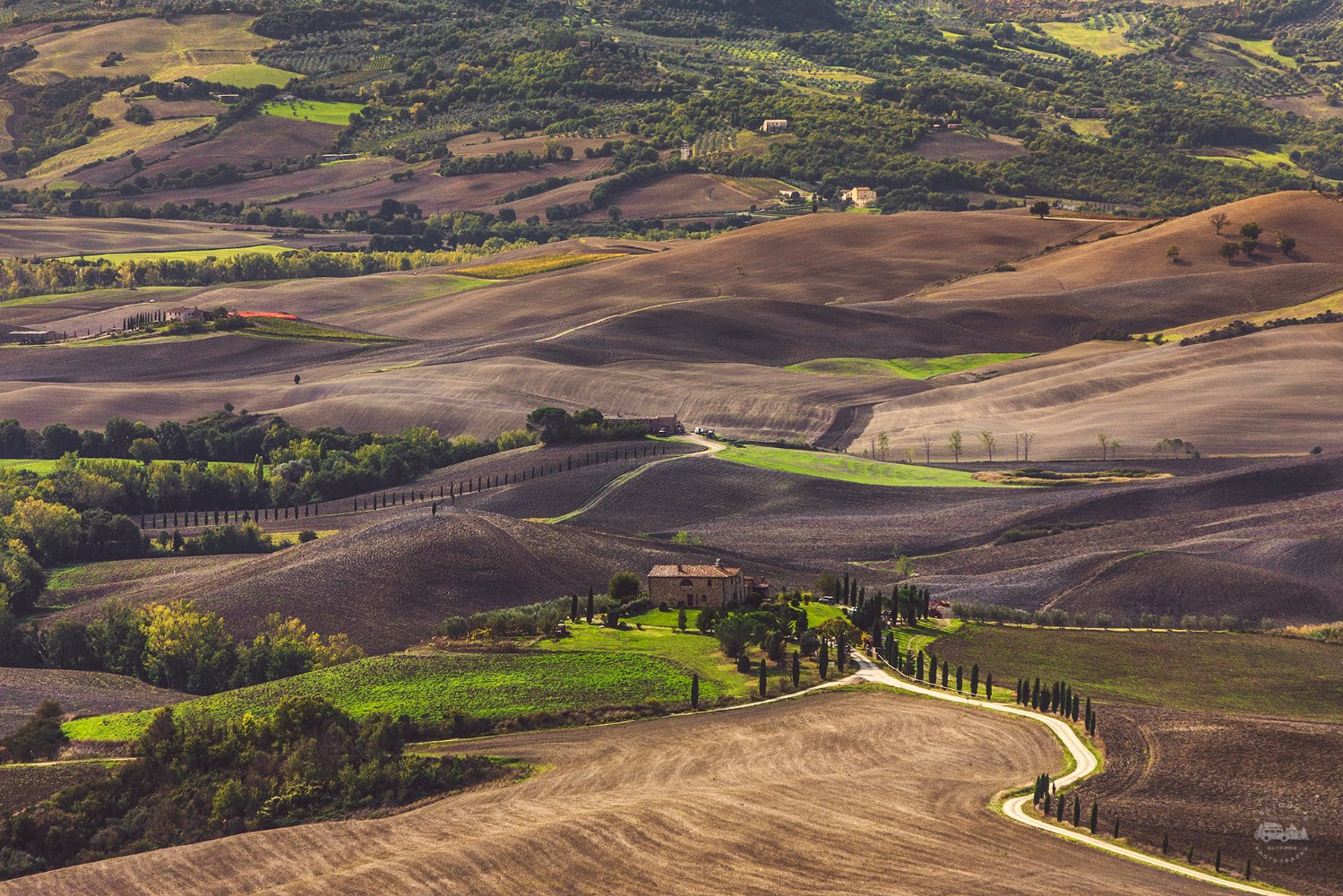 Hills-of-Val-DOrcia-Real-Tuscany-Photos-Italy_wp7_18698.jpg