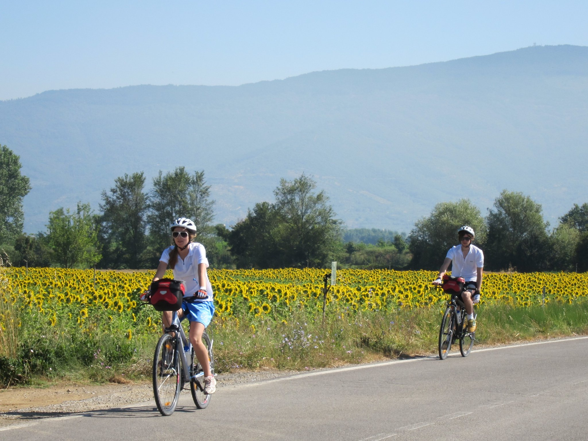 [Photo Credits: Ibiketuscany.com]