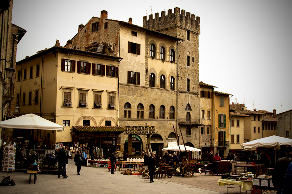 Arezzo Main Square [Photo Credits: Serena Puosi - Photo Editing: Lara Musa]