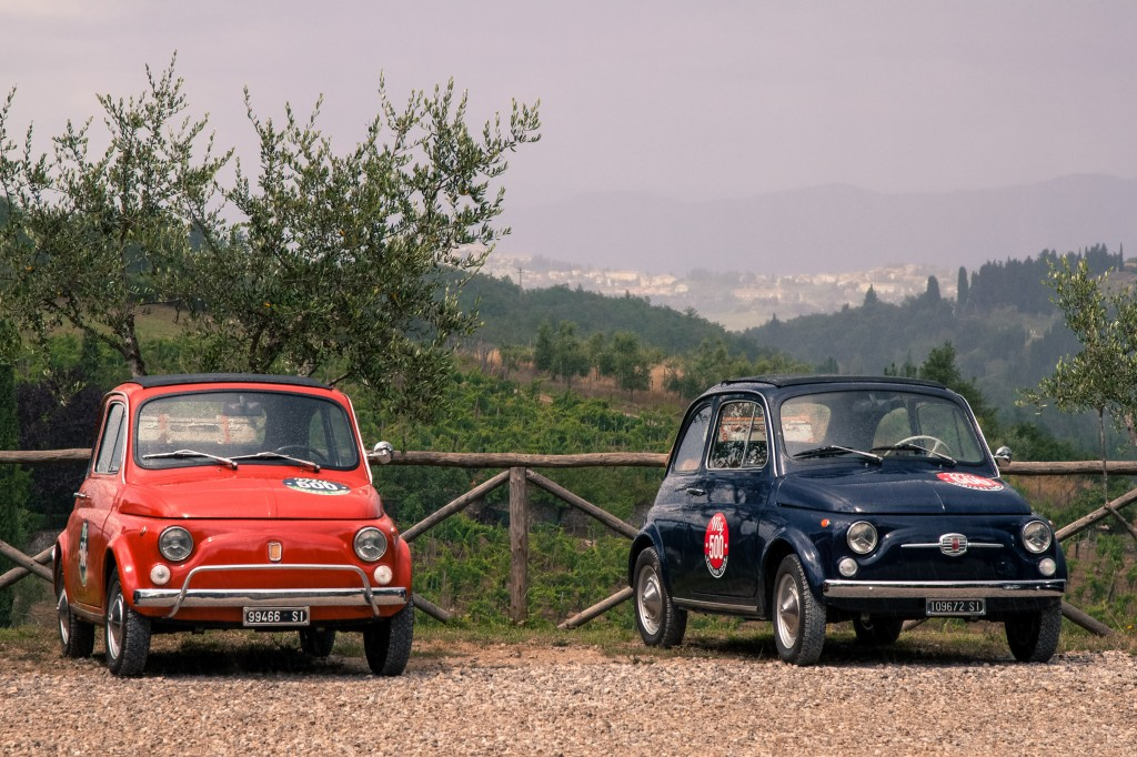 Fiat 500 in the Tuscan countryside
