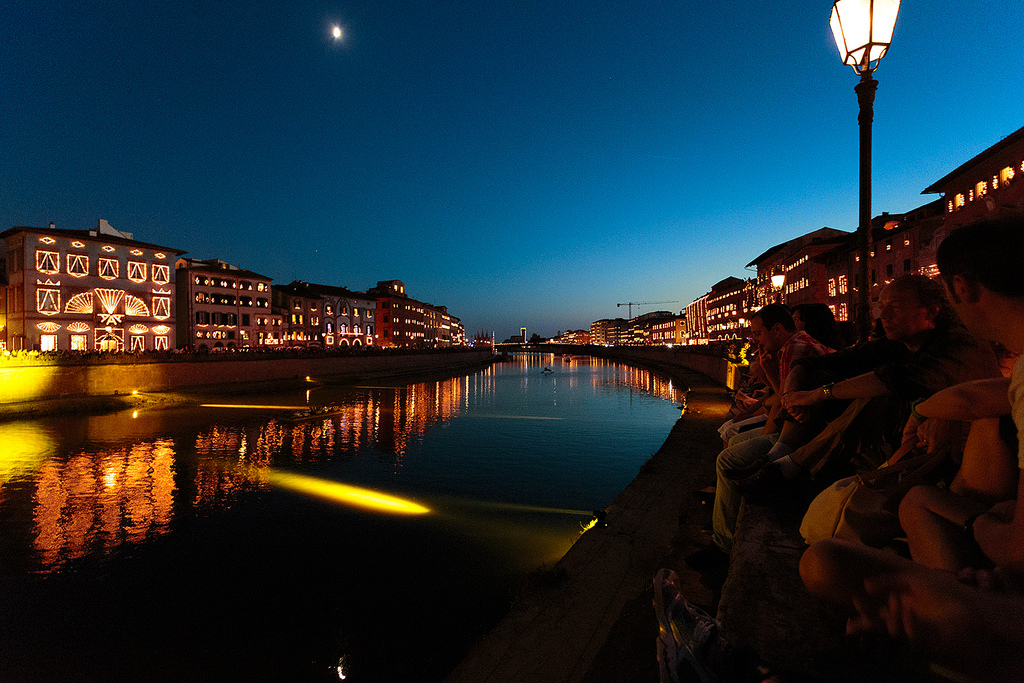 The Arno river during the Luminara Candlelight Festival of Pisa [Photo Credits: Mr Seb]
