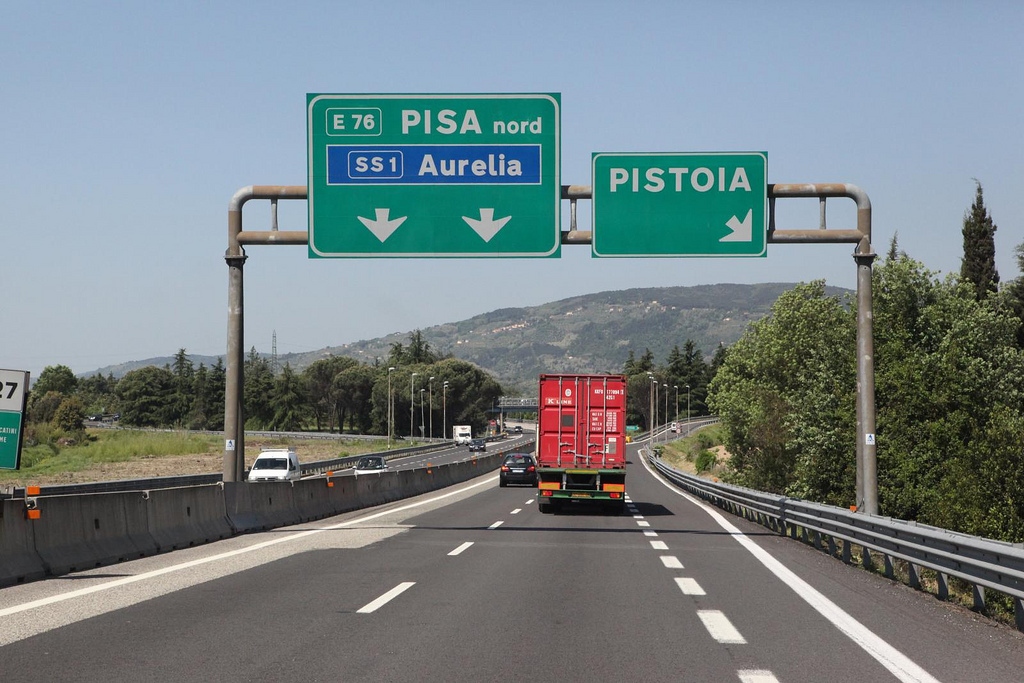 Autostrada [Photo Credits: discopalace]