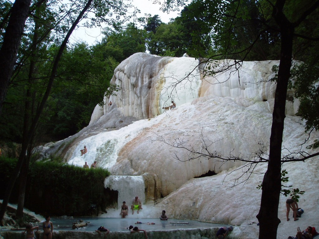 The hot springs of san filippo visit tuscany - Bagni san filippo hotel ...