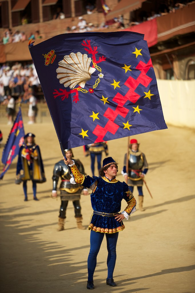 Before the Palio [Photo Credits: Janus Kinase]