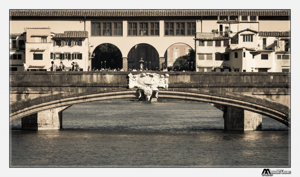 Overlap perspective of two famous bridges of Florence: Ponte Santa Trinita and Ponte Vecchio