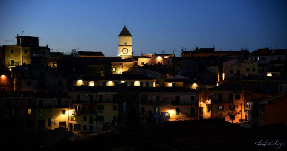 Capoliveri by night [Photo Credits: Claudia Colnago on ViviCapoliveri Faceboo page]