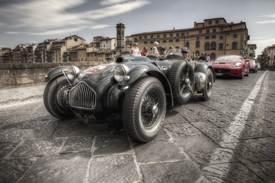Mille Miglia in Florence [Photo Credits: Giuseppe Moscato]
