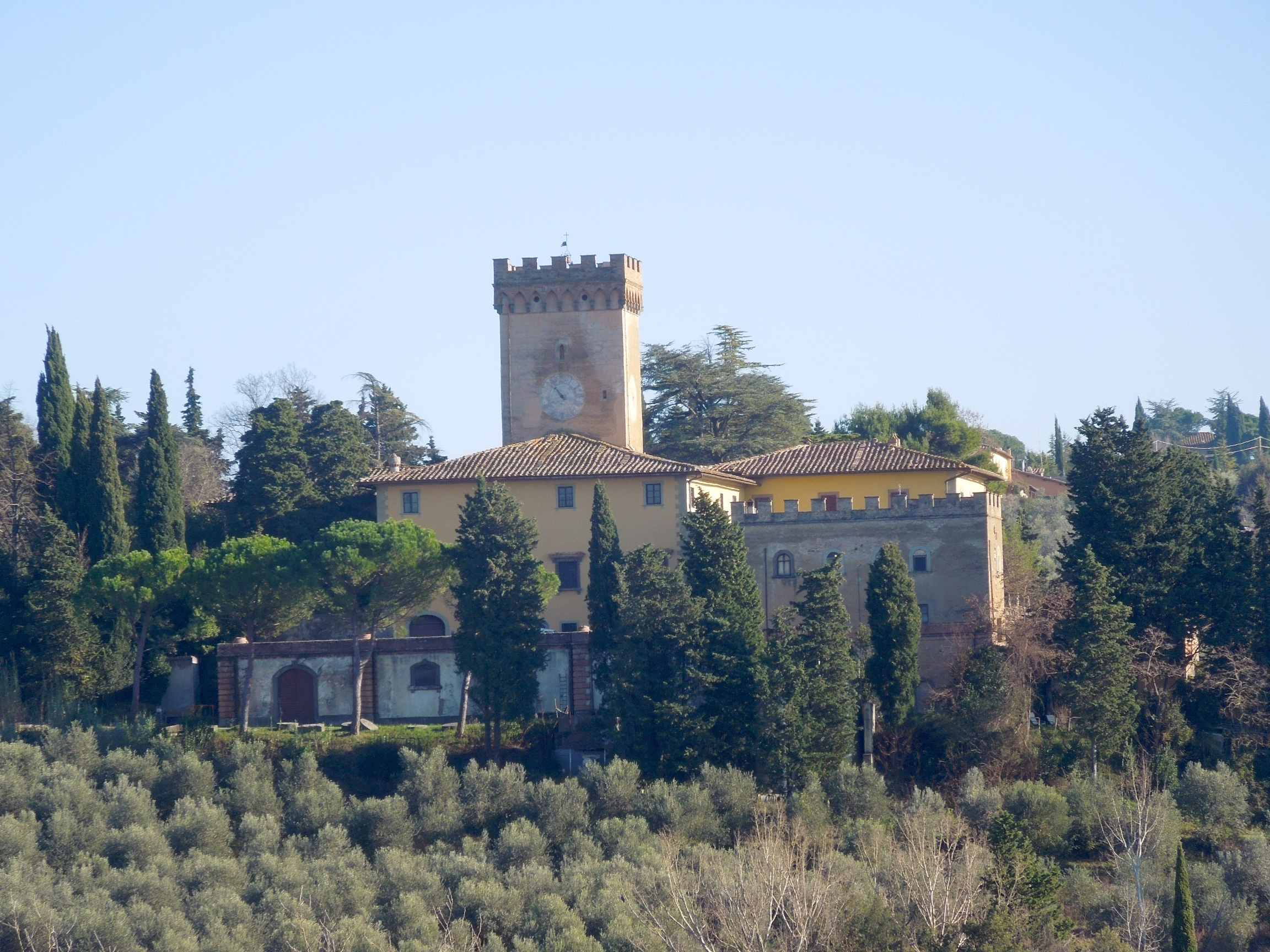 Castello di Alliano [Photo Credits: http://www.toscanaebike.com/]