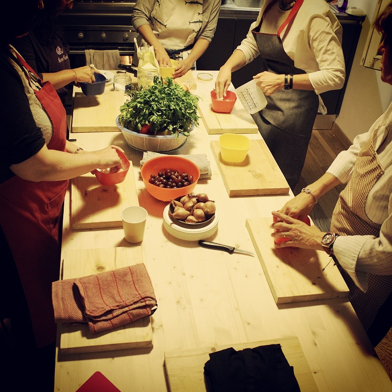 Cuisine collectif cooking lesson