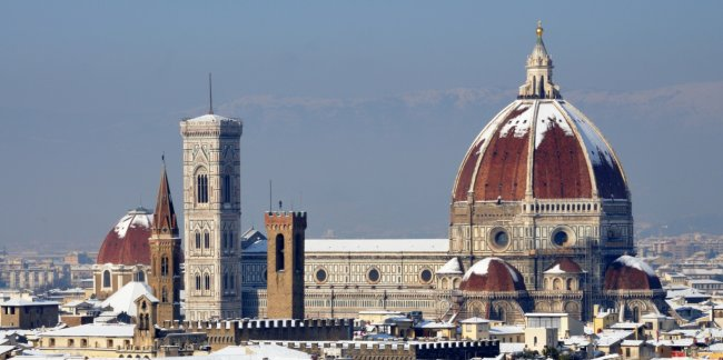 Florence's Duomo covered in snow