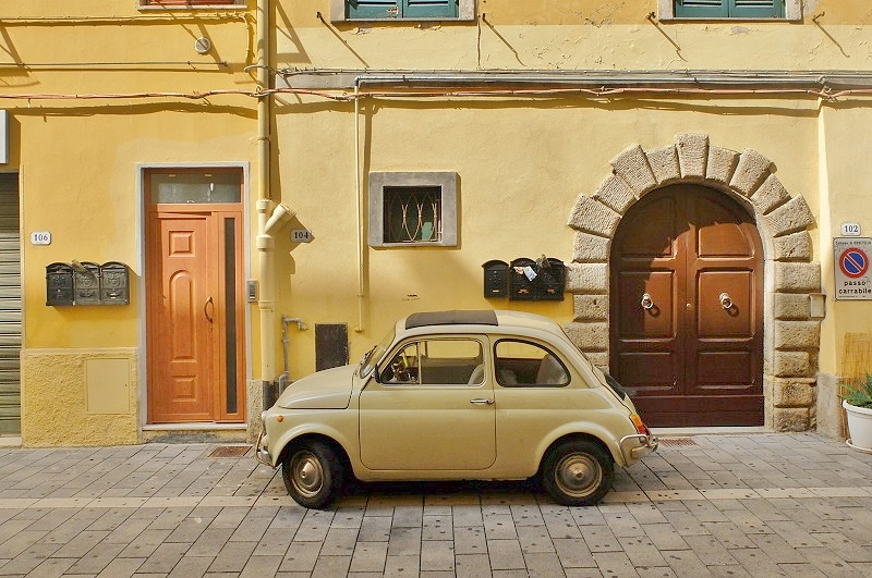 Fiat 500 [Photo Credits: Georgette Jupe]