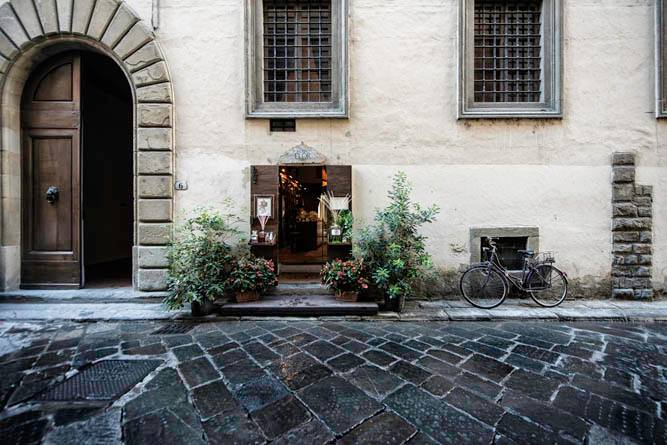 Flor Firenze boutique in Florence [Photo credits: Flor Firenze on facebook]