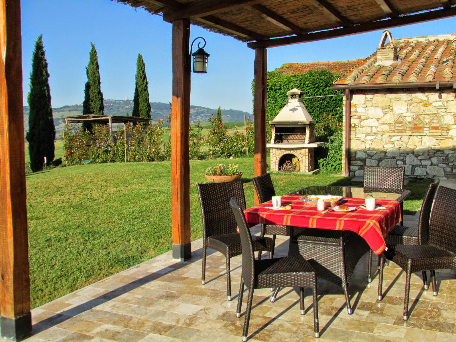 <em>Buongiorno! Breakfast in agriturismo [Photo credits: Lorena Terenghi]</em>