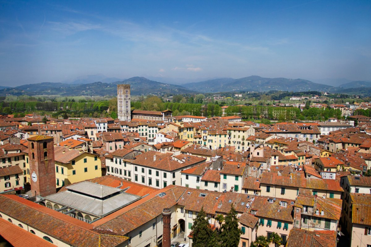 lucca-from-guinigi_wp7_15804.jpg