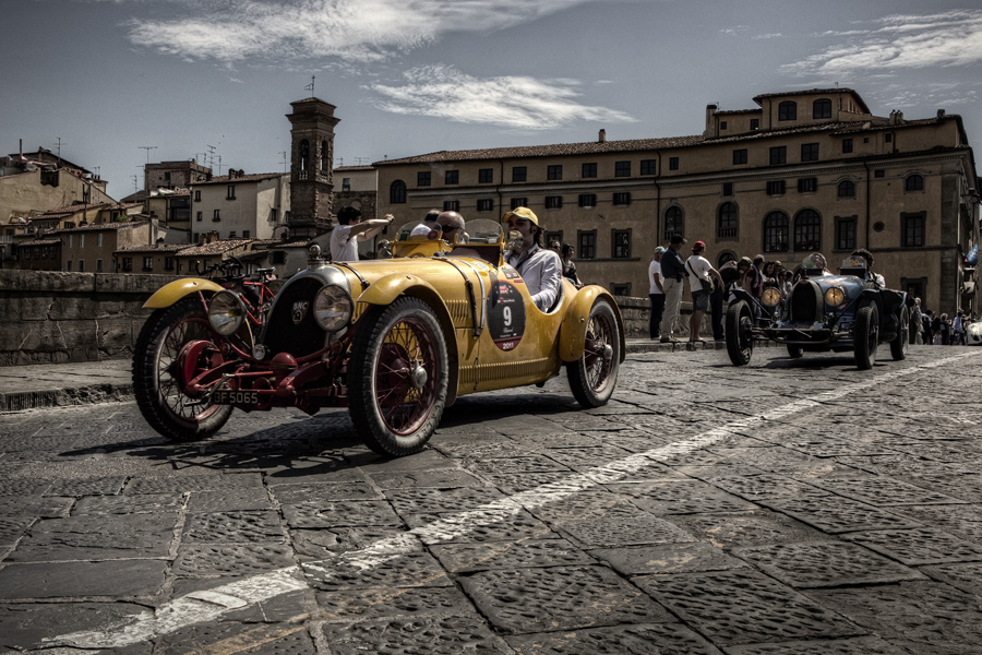 MIlle Miglia passing through Florence [Photo Credits: Giuseppe Moscato]