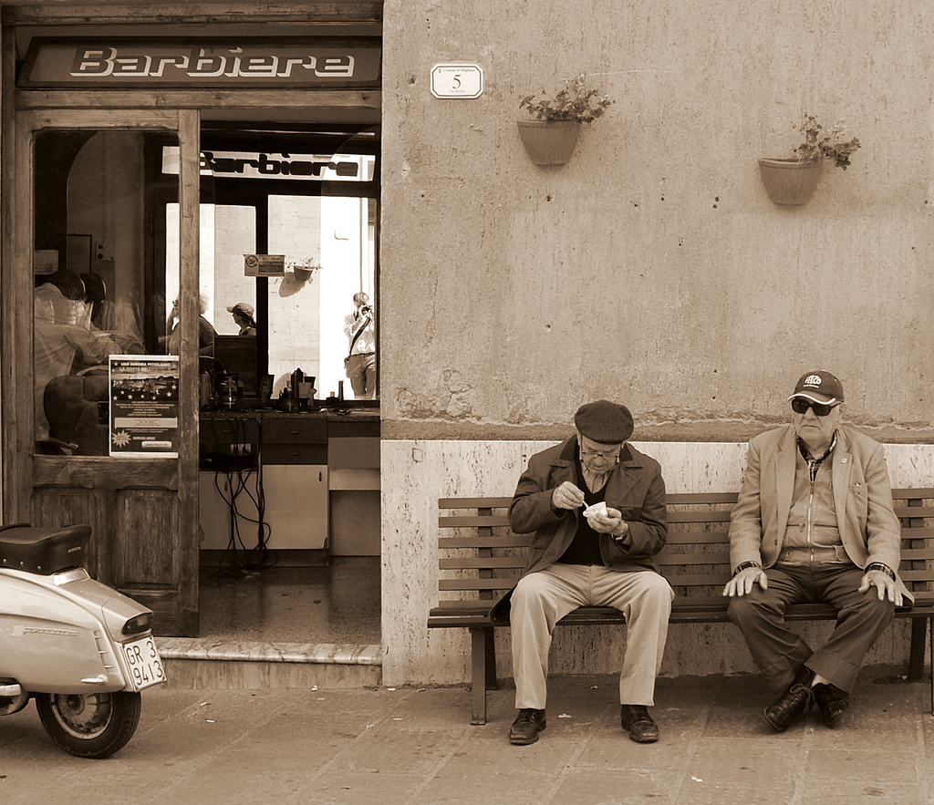 Old men in Pitigliano [Photo Credits: Emiliano]