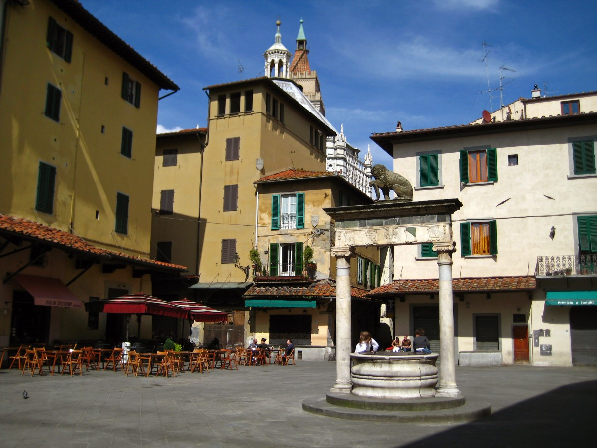 One of the central squares of Pistoia [Photo Credits: Alex Barrow]