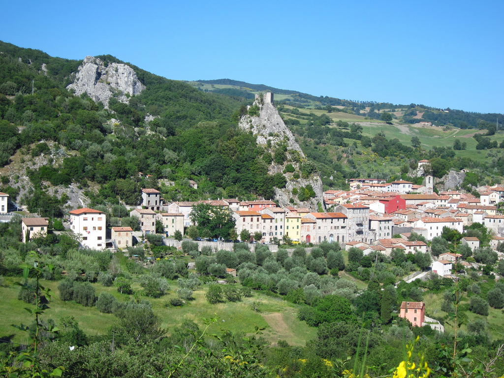 Roccalbegna - [Photo Credits fabulousfabs http://bit.ly/Xaq2vT]