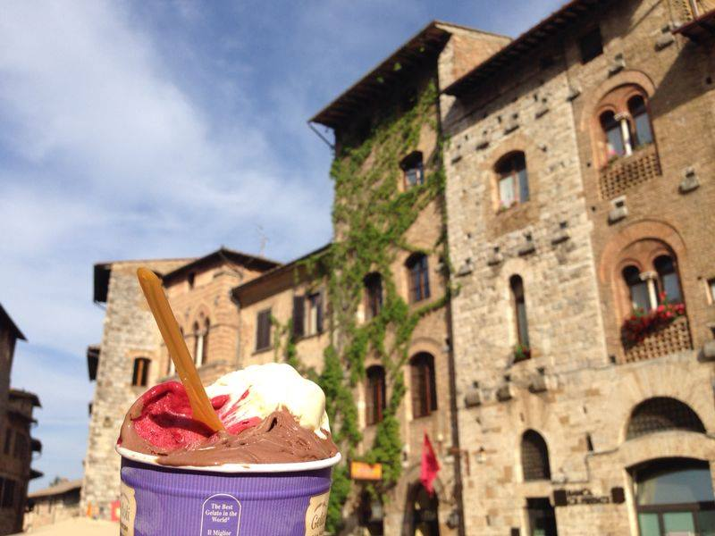 Gelato in San Gimignano [Photo credits: Kinzica Sorrenti, Tuscan Social Media Team]