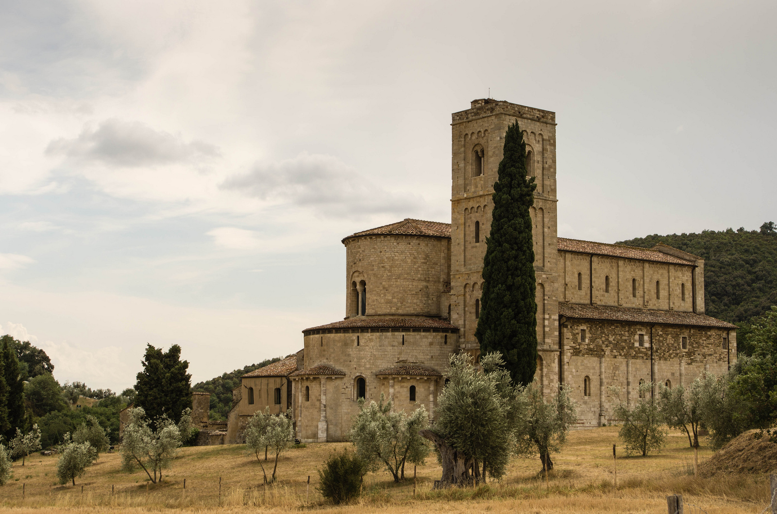 Abbey of Sant'Antimo [Photo Credits: Ale S.]