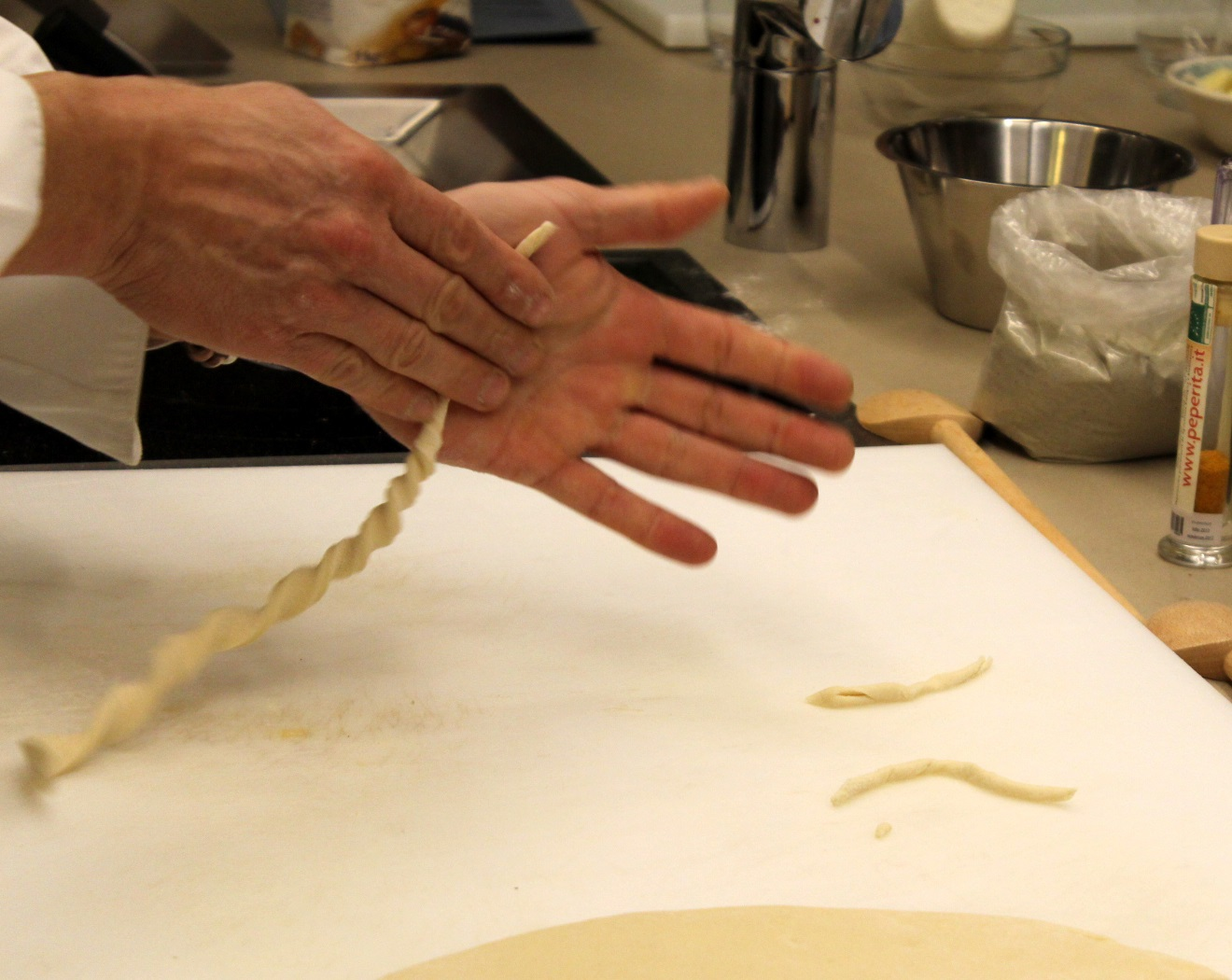 Making strozzapreti