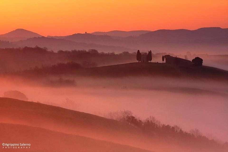 Sunrise in Tuscany [Photo Credits: Agrippino Salerno on Visit Tuscany Facebook page]