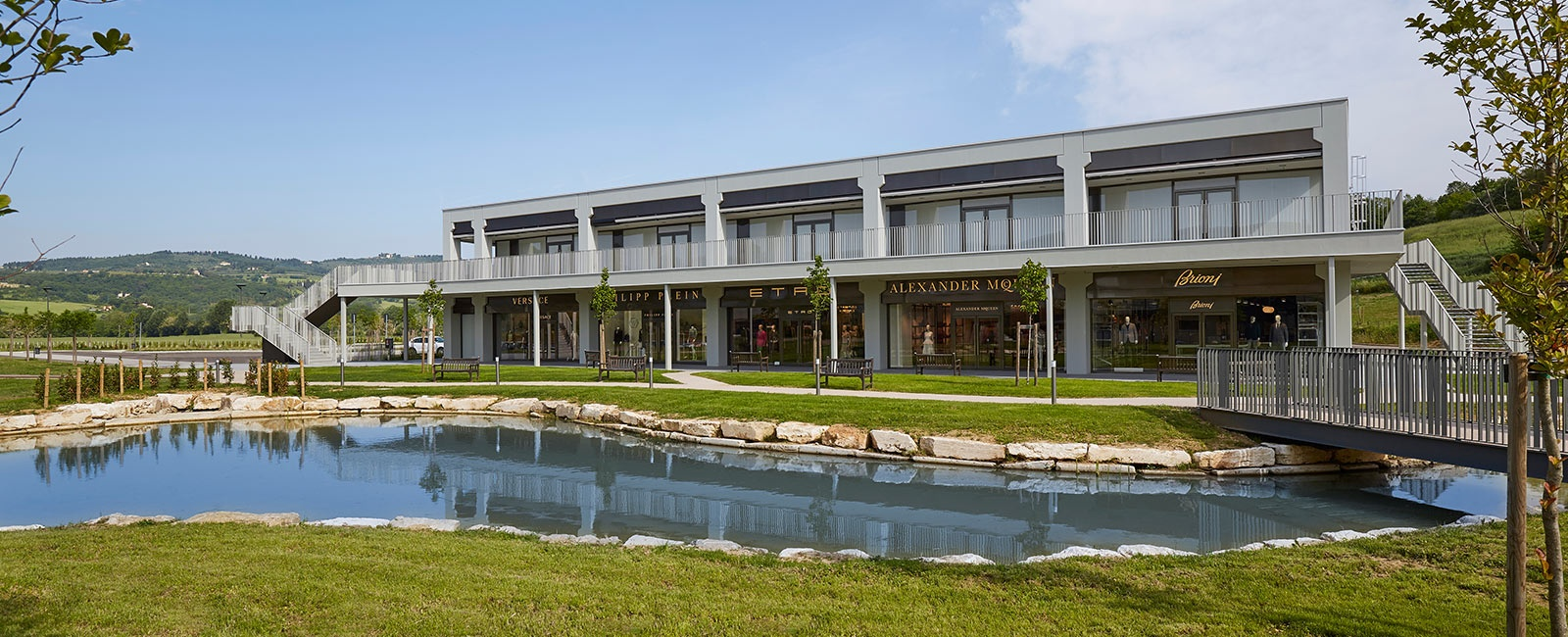 Shopping Outlets and Malls in Tuscany  fa103556e332