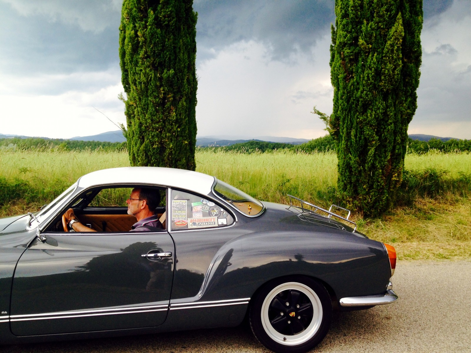 Tuscany by car [Photo Credits: vosta]