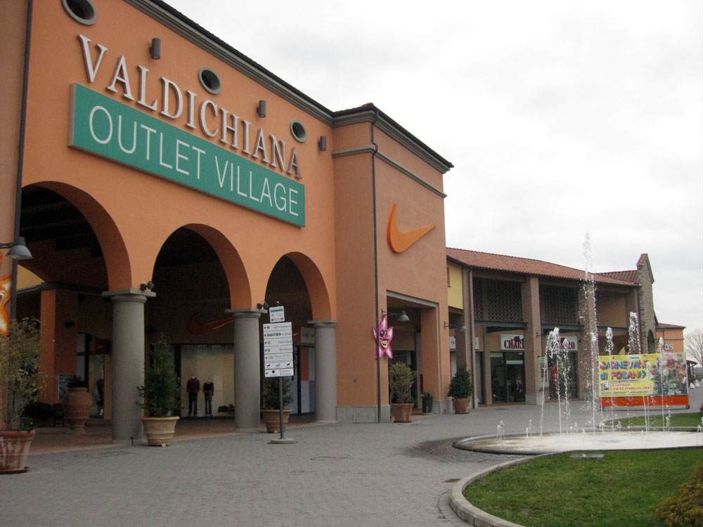Valdichiana Outlet - [Photo Credits: Around Tuscany]