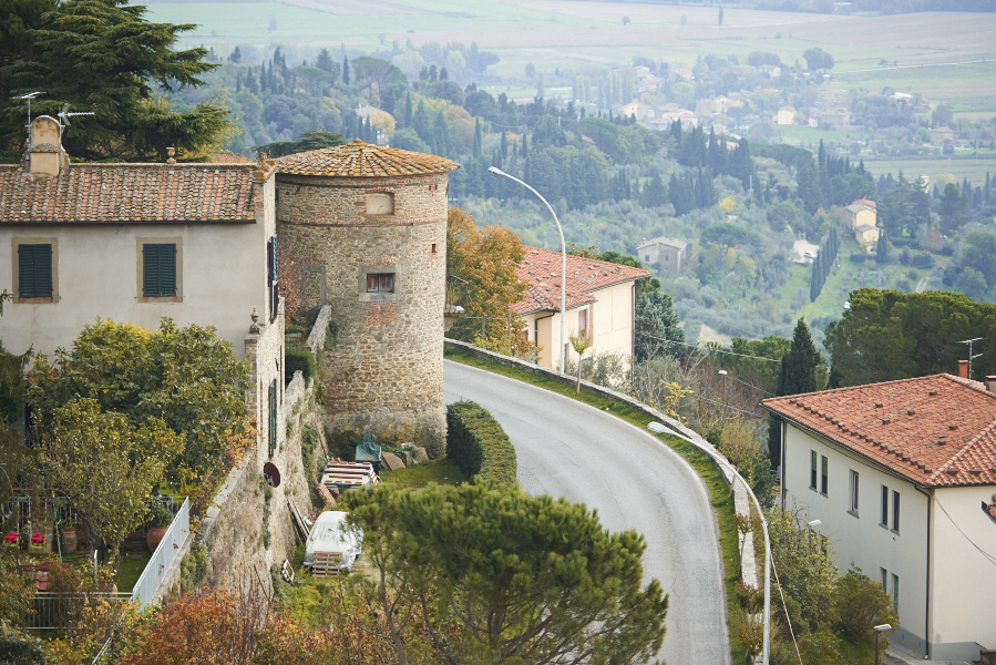 On the road to Cortona [Photo credits: We Make them Wonder]