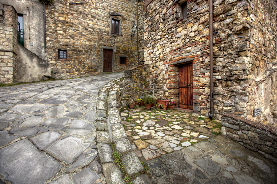 Walking in Panzano in Chianti [Photo credits: Giuseppe Moscato]