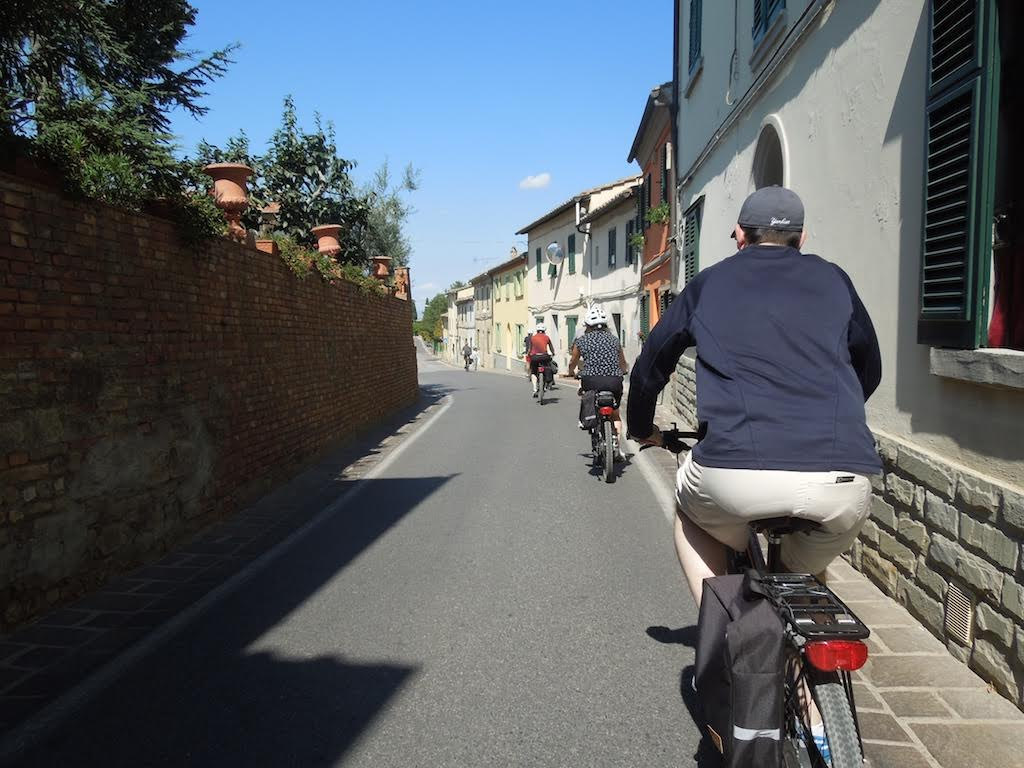 During a e-bike tour [Photo Credits: Toscana by Bike]