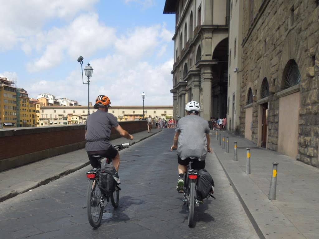 On the Lungarno in Florence [Photo Credits: Toscana by Bike]